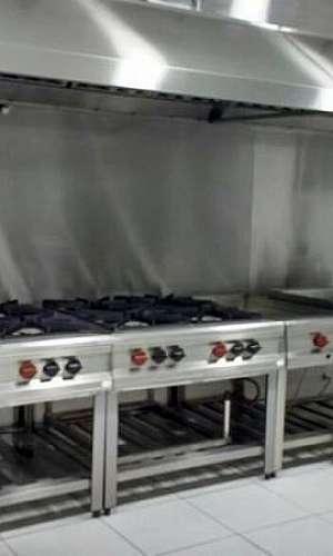 Equipamentos de cozinha industrial