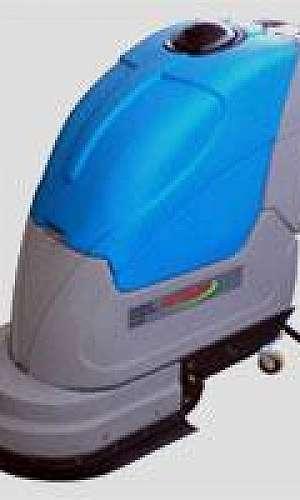 Lavadora de alta pressão para uso profissional trifásica