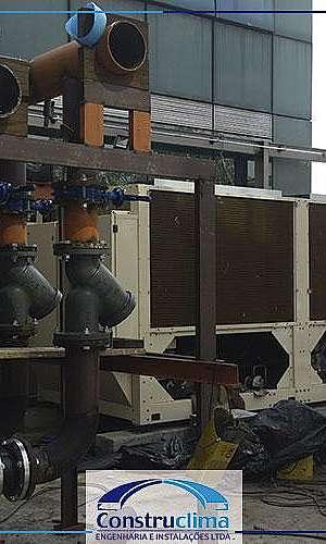 Manutenção de chiller industrial