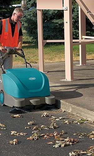 Máquina de varrer rua
