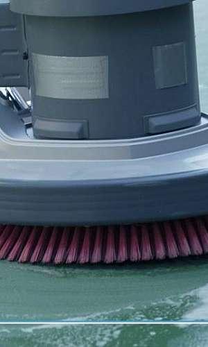 Máquinas de limpeza industriais